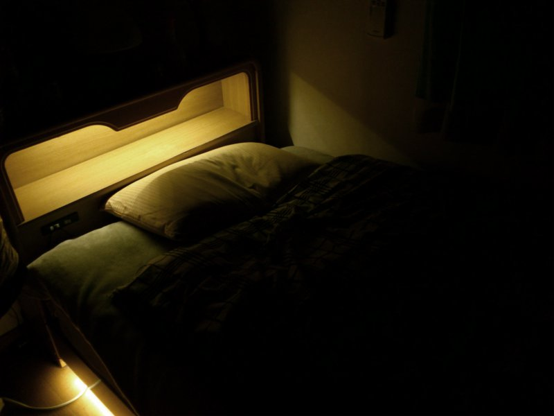 ベッドライト