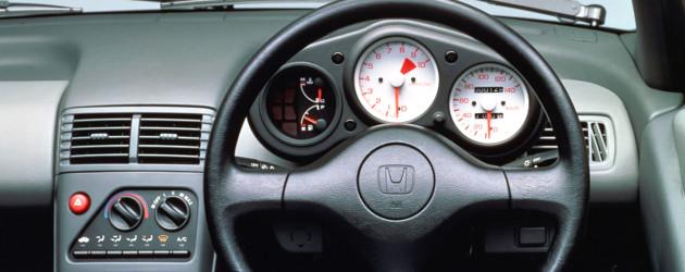 自動車(ホンダ・ビート向け)の内部情報収集モジュール
